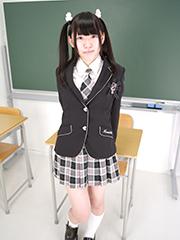 ryoko_seifuku_00003.jpg