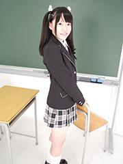 ryoko_seifuku_00006.jpg