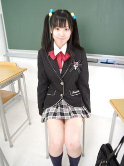 aya_seifuku0008.jpg
