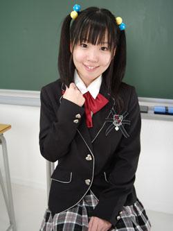 aya_seifuku0019.jpg