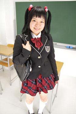 midori_seifuku0001.jpg