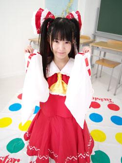 miko2reimu0011.jpg