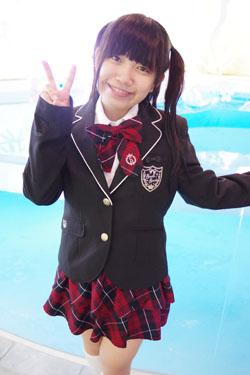 yoshino3seifukupool0004.jpg