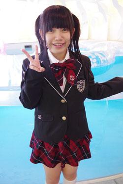 yoshino3seifukupool0007.jpg