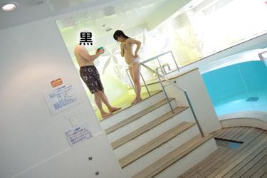 yoshino3seifukupool0008.jpg