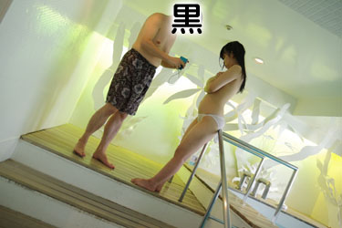 yoshino3seifukupool0010.jpg