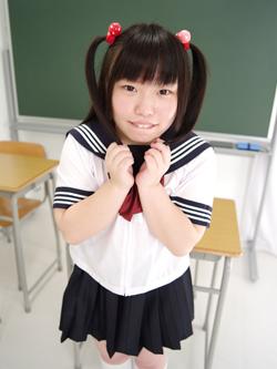aya_seifuku0006.jpg