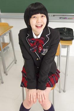 nanako_seifuku0016.jpg