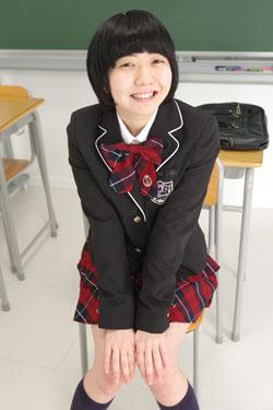 nanako_seifuku0017.jpg