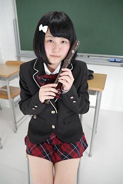 naomi_seifuku0005.jpg