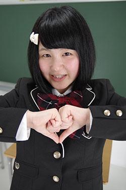 naomi_seifuku0013.jpg