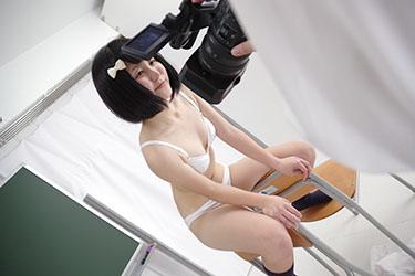 naomi_seifuku_m0074.jpg